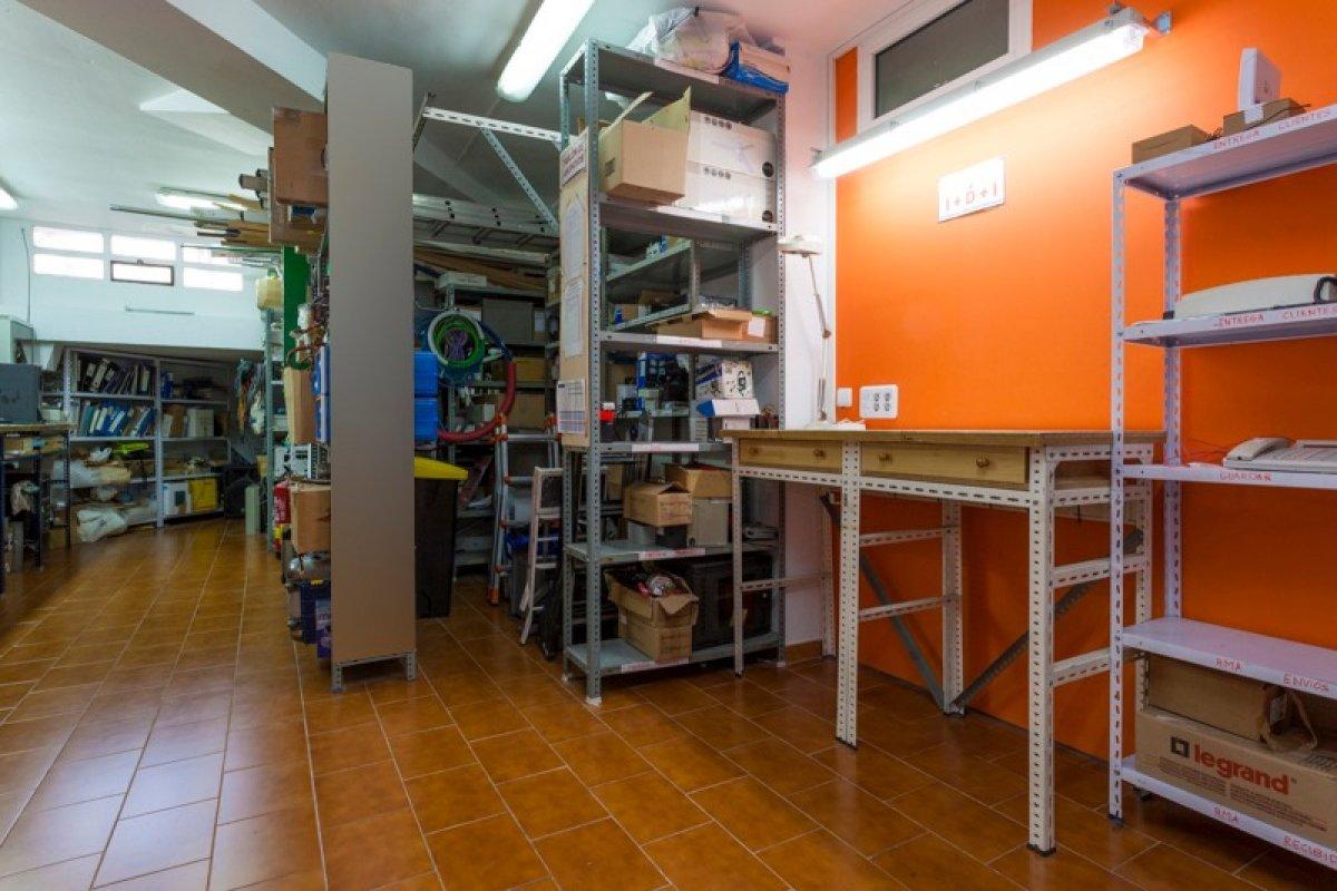 Local instalado en avenida de valdefierro - imagenInmueble24