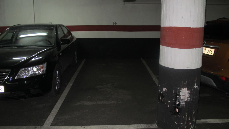 Plaza de garaje para coche pequeño o moto - imagenInmueble3
