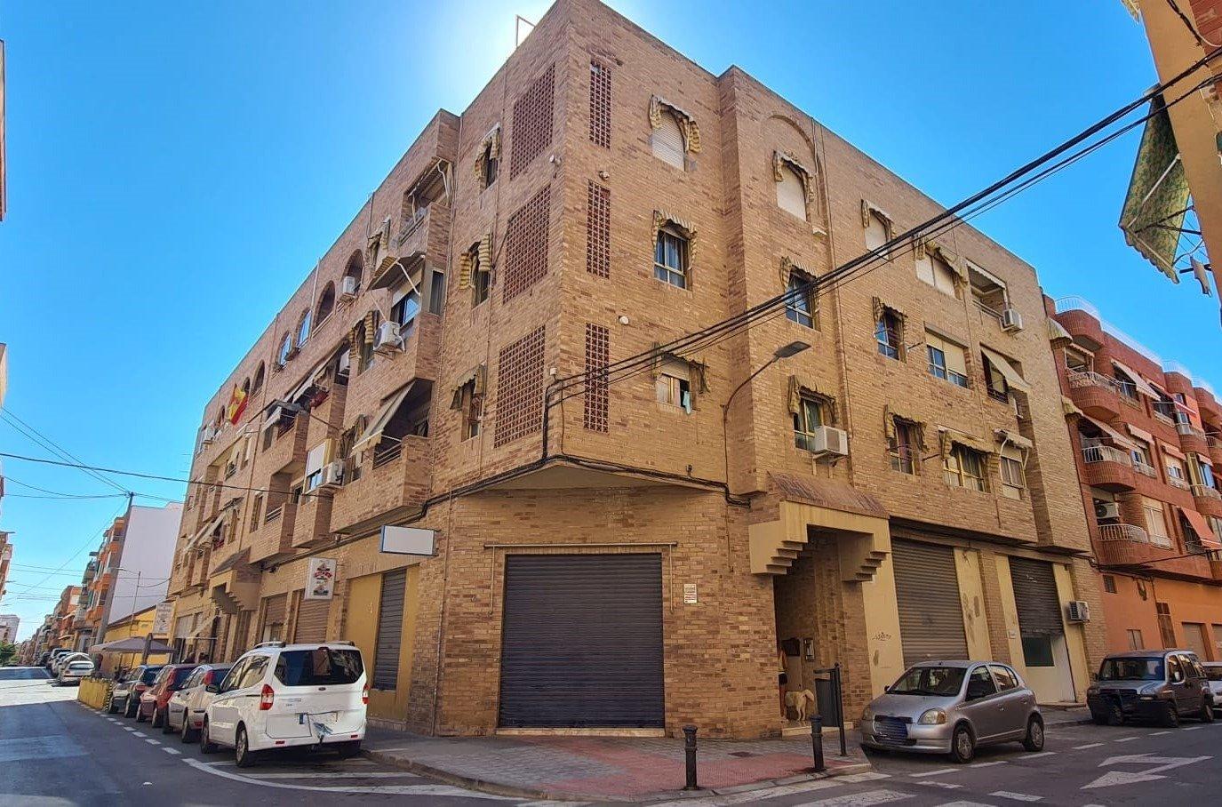 piso en alicante · ciudad-de-asis 98000€