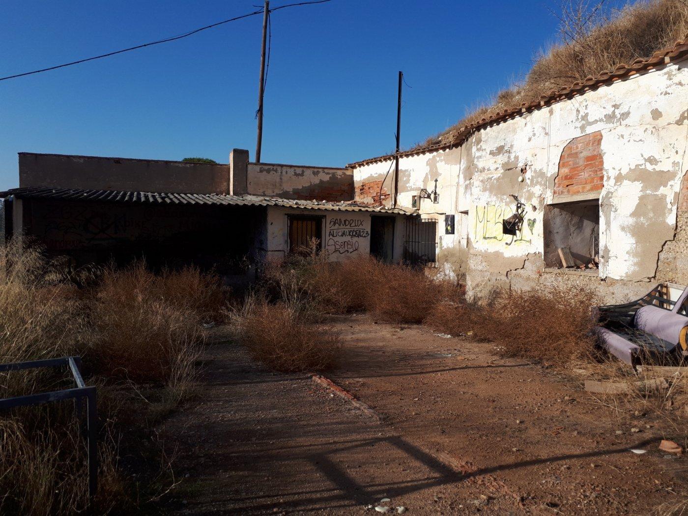 casa-cueva en urrea-de-jalon · urrea 10000€