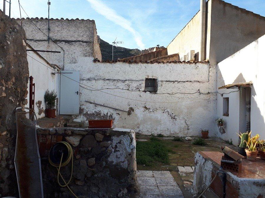 Casa · Rueda De Jalon · RUEDA 26.000€€
