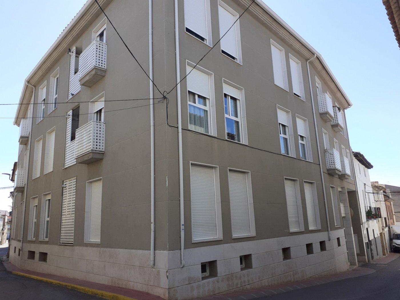 piso en epila · centro 450€