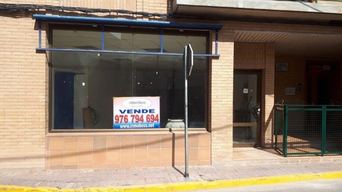 local-comercial en epila · centro 69000€