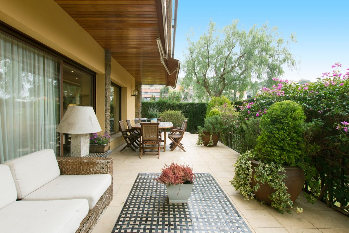 Casa en zona Sarrià de 264m&sup2;<small> - ref.: 996mc</small>