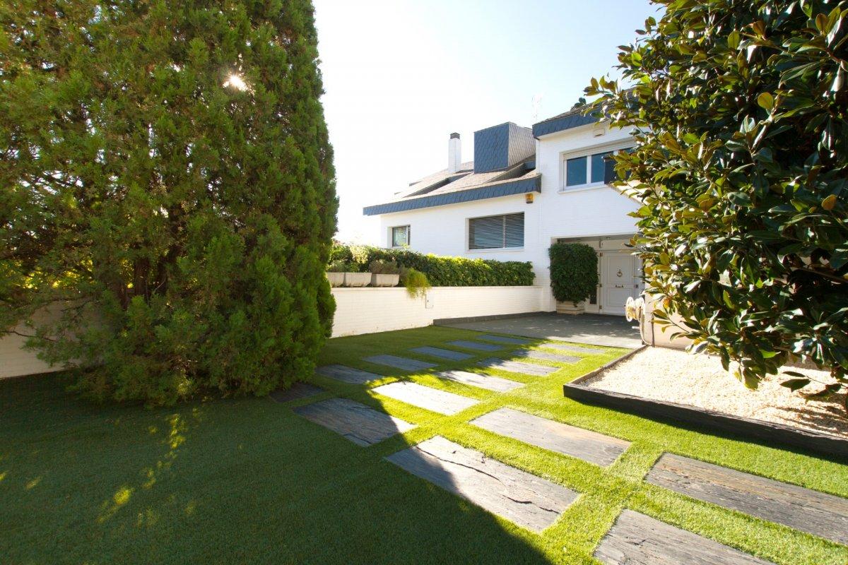 Casa en zona Pedralbes de 740m²<small> - ref.: tu751mm</small>
