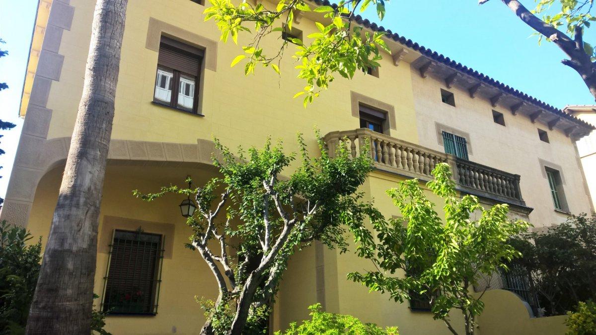 Casa en zona Pedralbes de 317m²<small> - ref.: tu824jp</small>