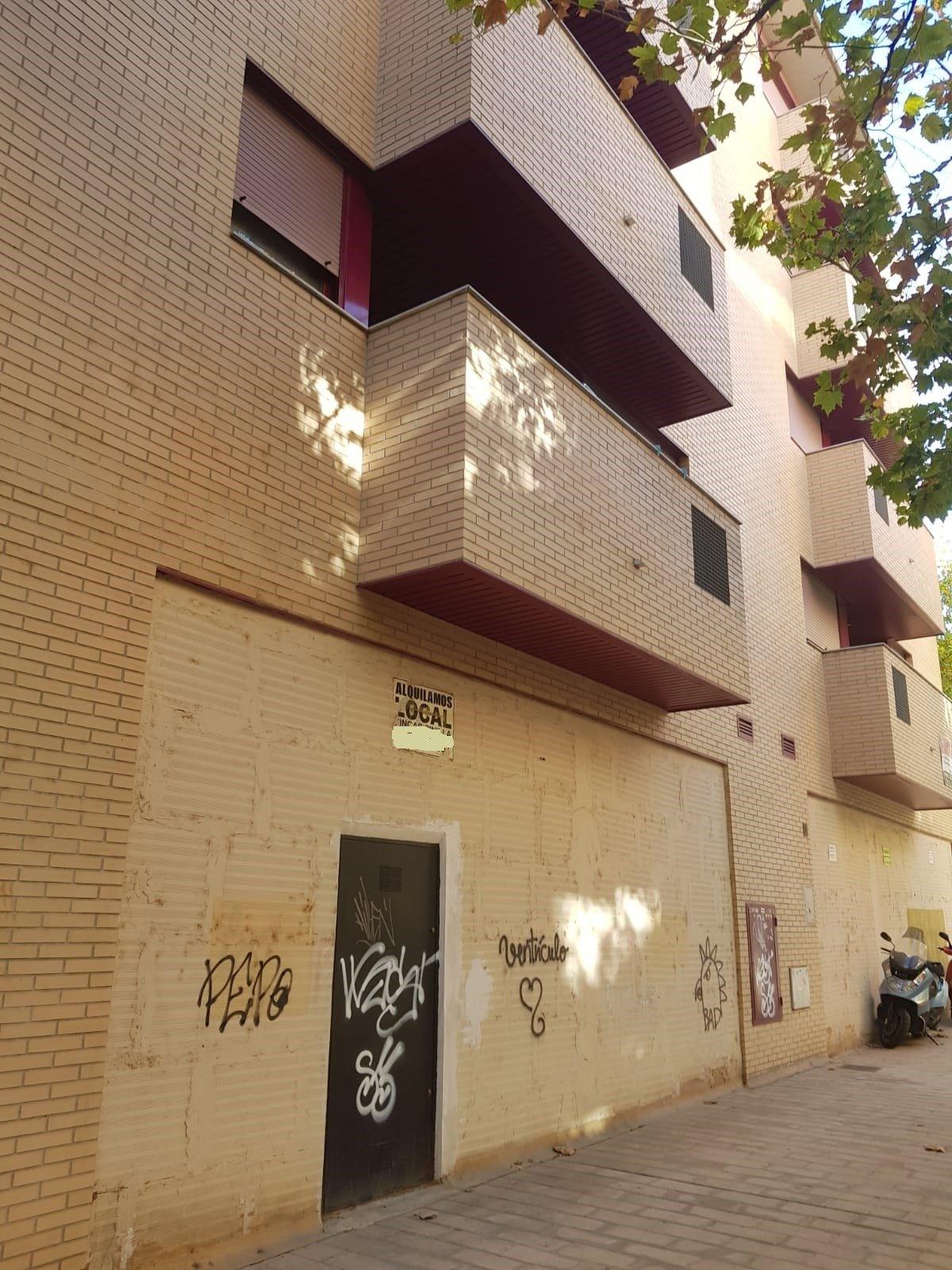 Local Comercial · Zaragoza · Barrio Jesus 475€ MES€