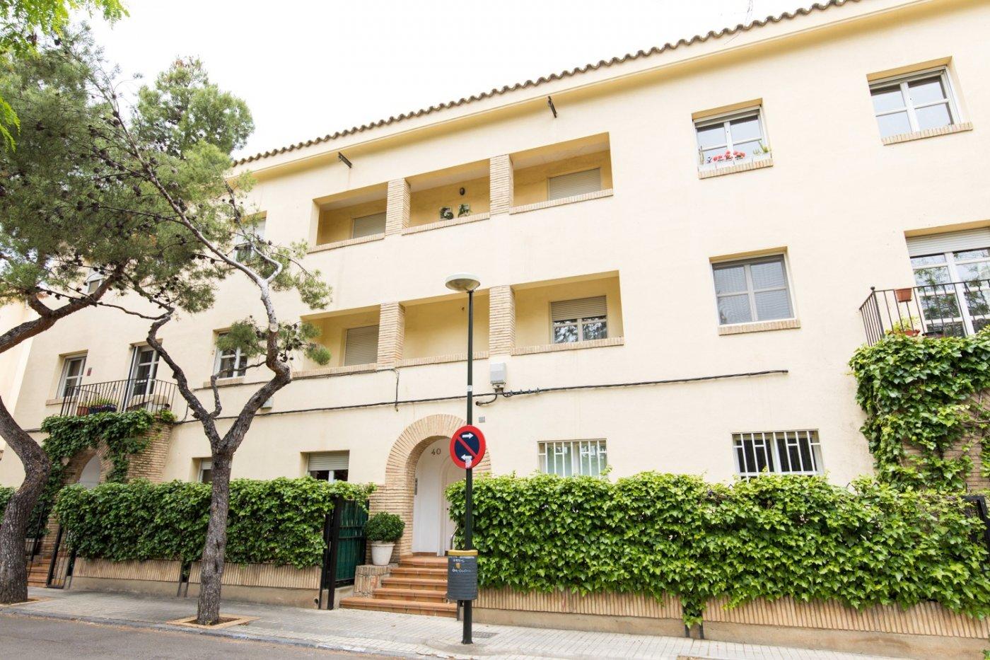 Luminosa vivienda con garaje al lado de plaza san francisco - imagenInmueble0