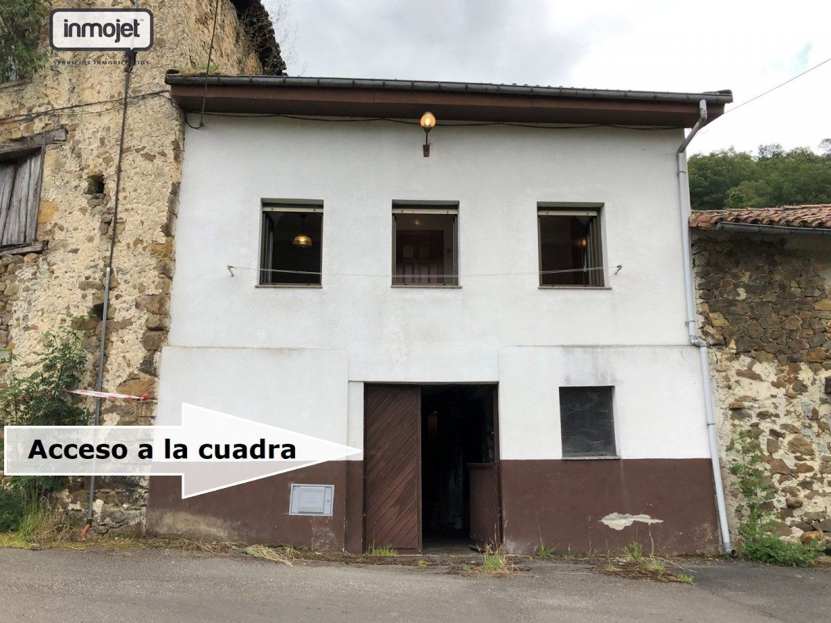 Casa en venta en Bimenes  de 2 Habitaciones, 1 Baño y 88 m2 por 25.000 €.