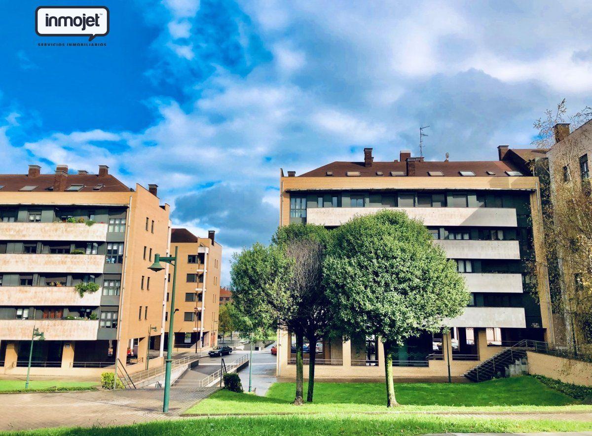 Piso en venta en Gijon  de 3 Habitaciones, 2 Baños y 115 m2 por 155.000 €.