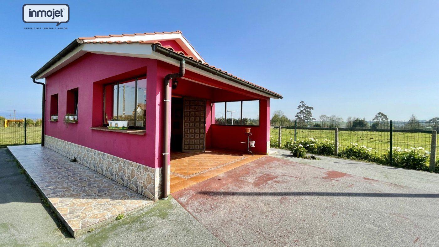 Parcela en venta en Villaviciosa  de 42 m2 por 65.000 €.