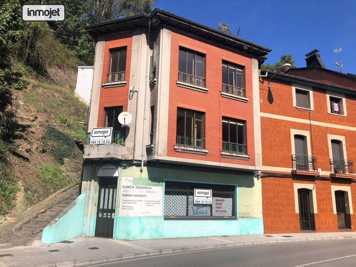 Piso en venta en Mieres  de 1 Habitación, 1 Baño y 59 m2 por 14.900 €.