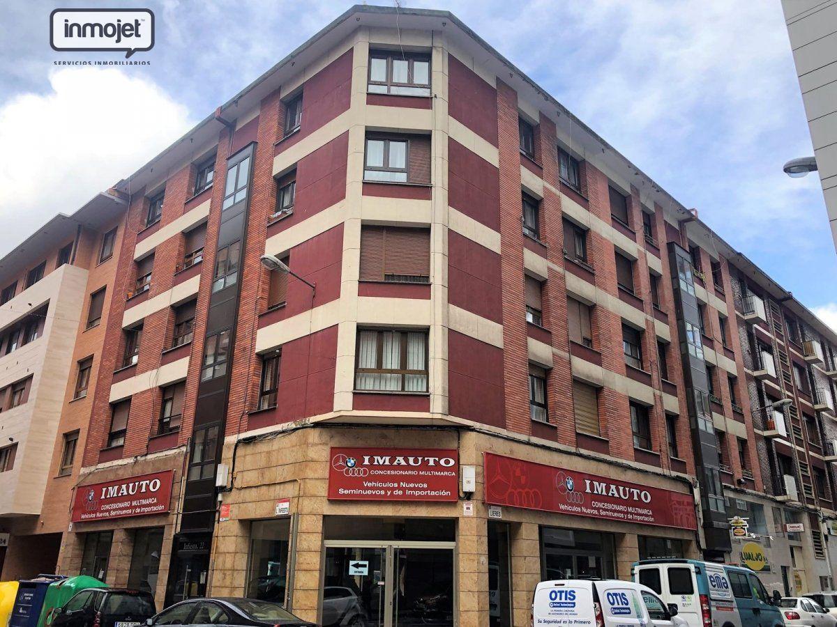 Piso en venta en Gijon  de 2 Habitaciones, 1 Baño y 72 m2 por 129.900 €.