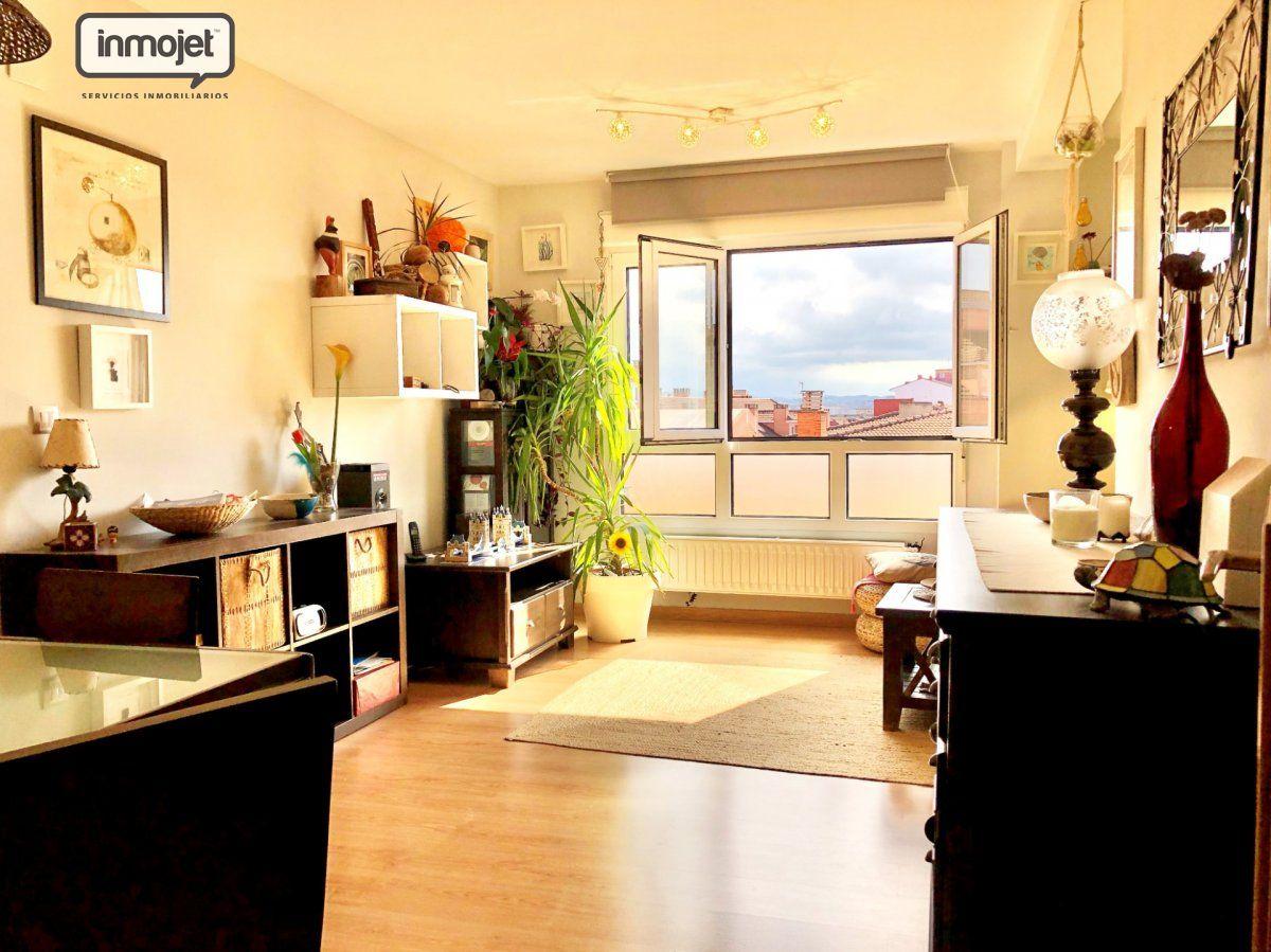 Piso en venta en Gijon  de 3 Habitaciones, 1 Baño y 73 m2 por 133.000 €.