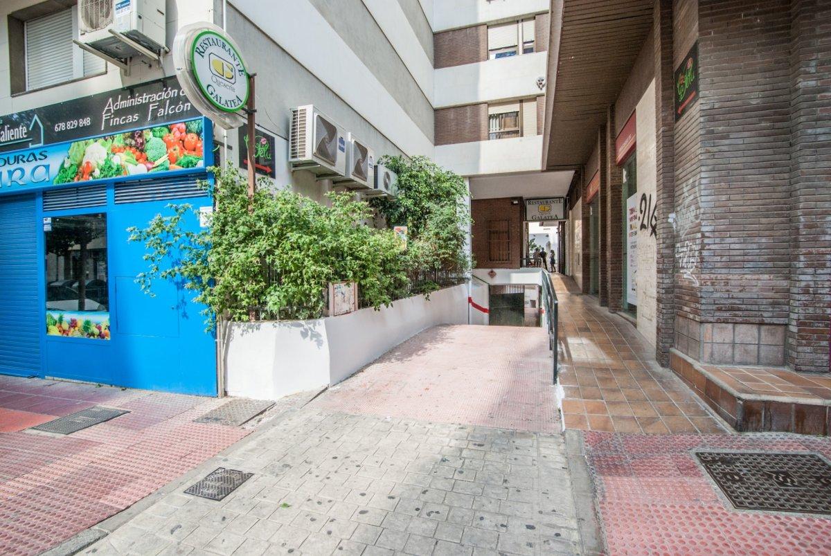garaje en almeria · altamira 18000€