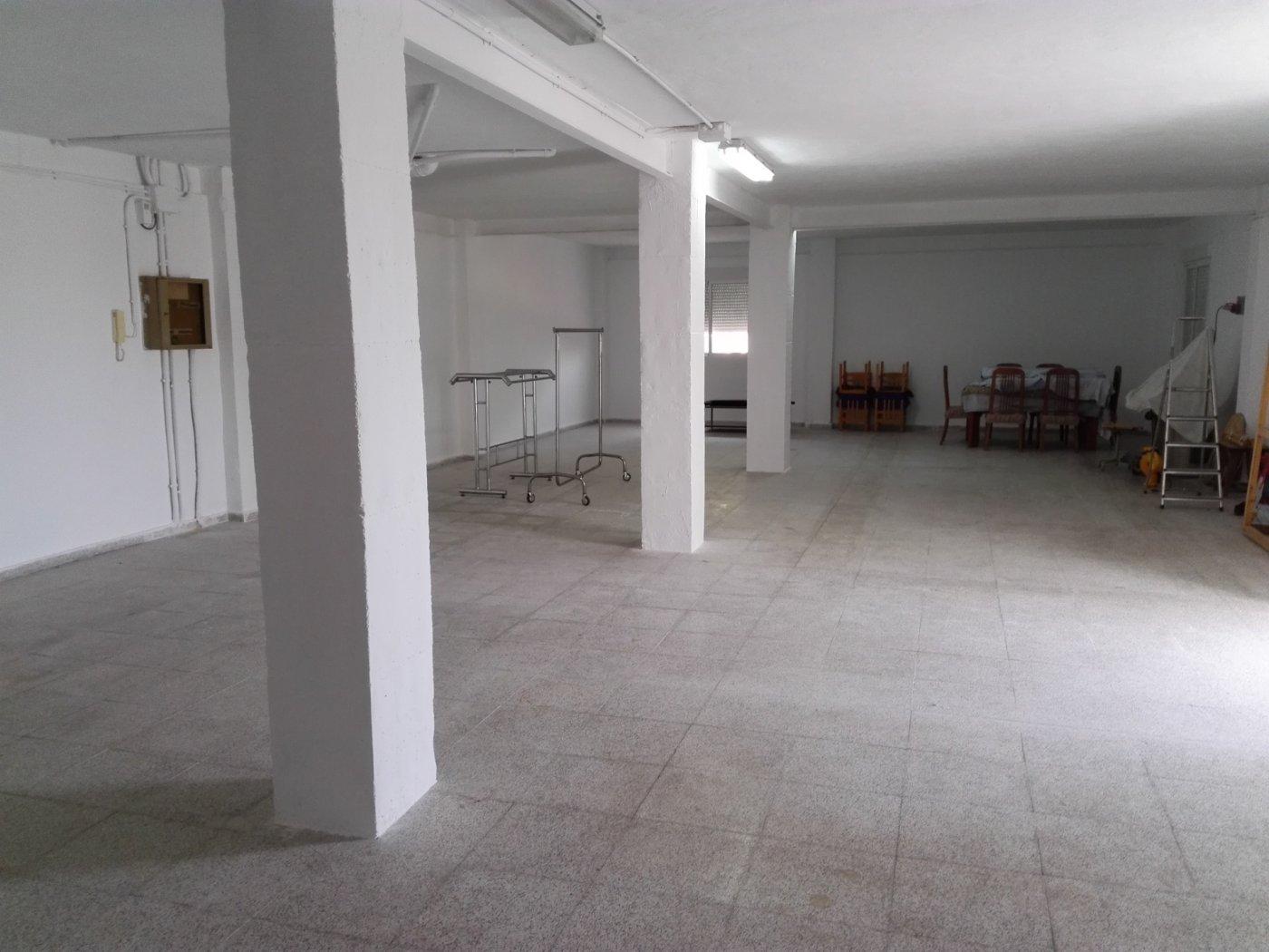 FANTÁSTICO CHALET CON 540 METROS DE VIVIENDA
