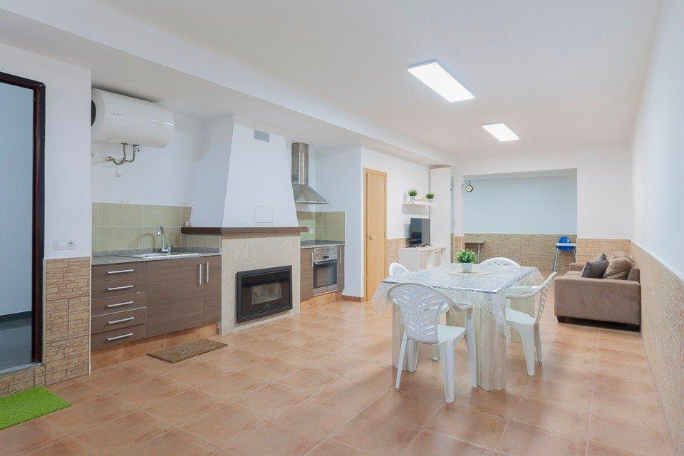 casa en tuejar · used 600€