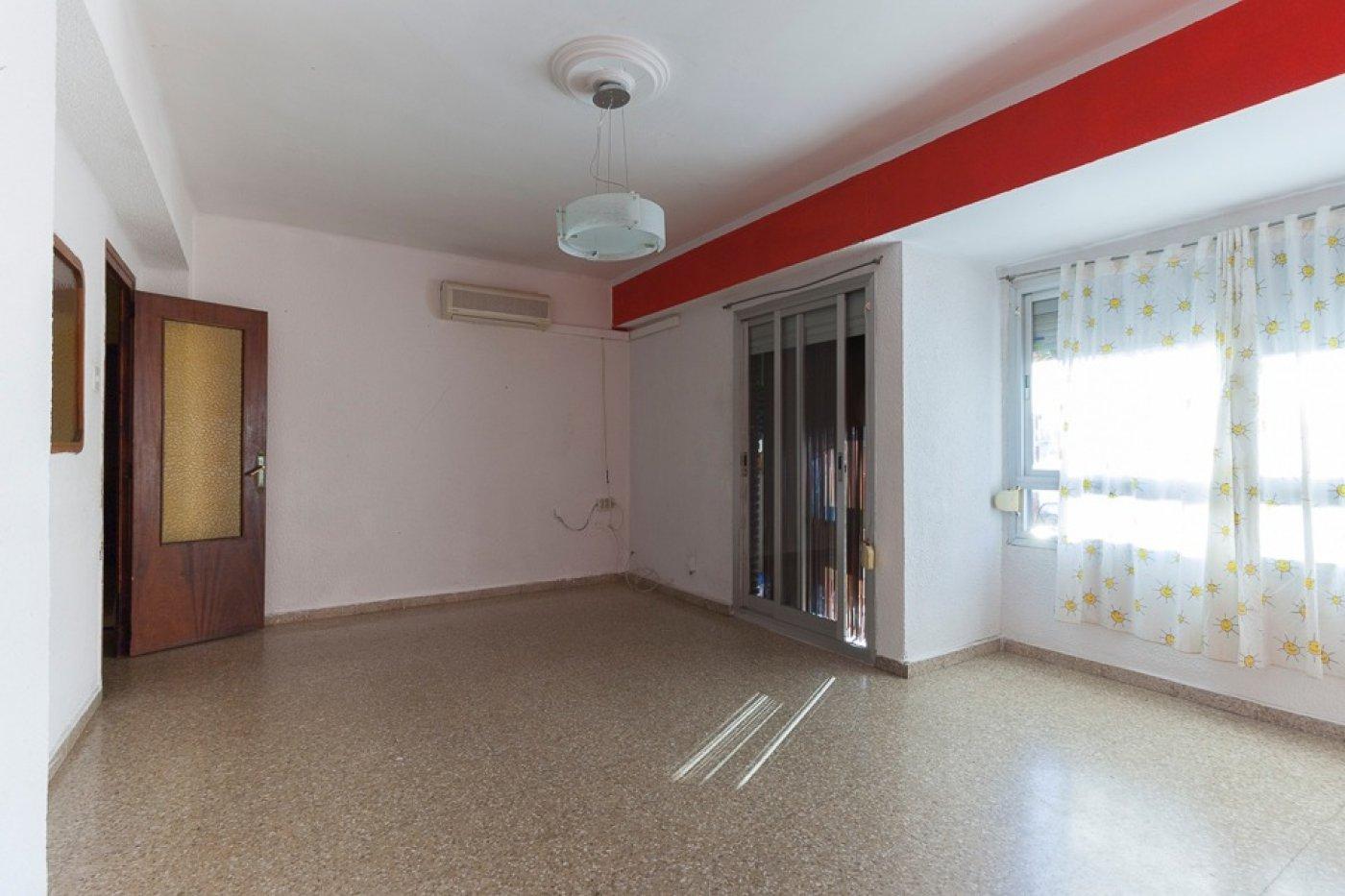 piso en torrent · estacion-metro-vieja 49990€