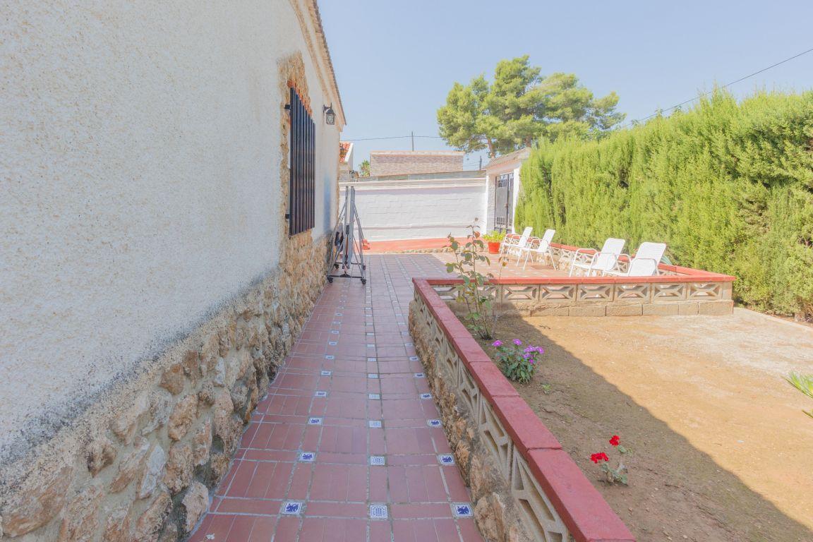 chalet en lliria · oasis-de-st-vicent 150000€