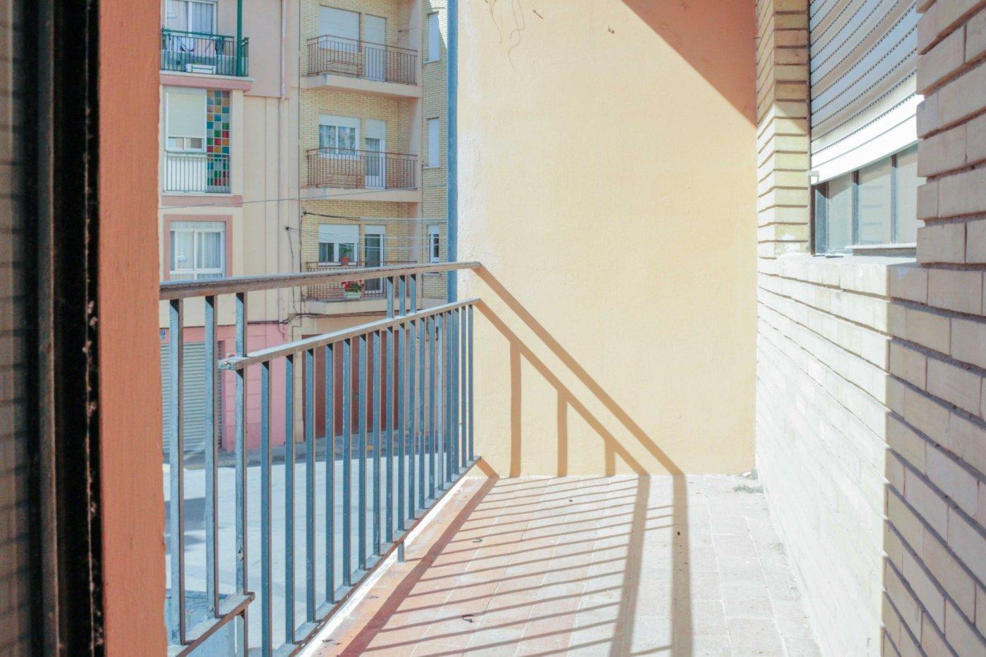 piso en requena · centrico 48000€