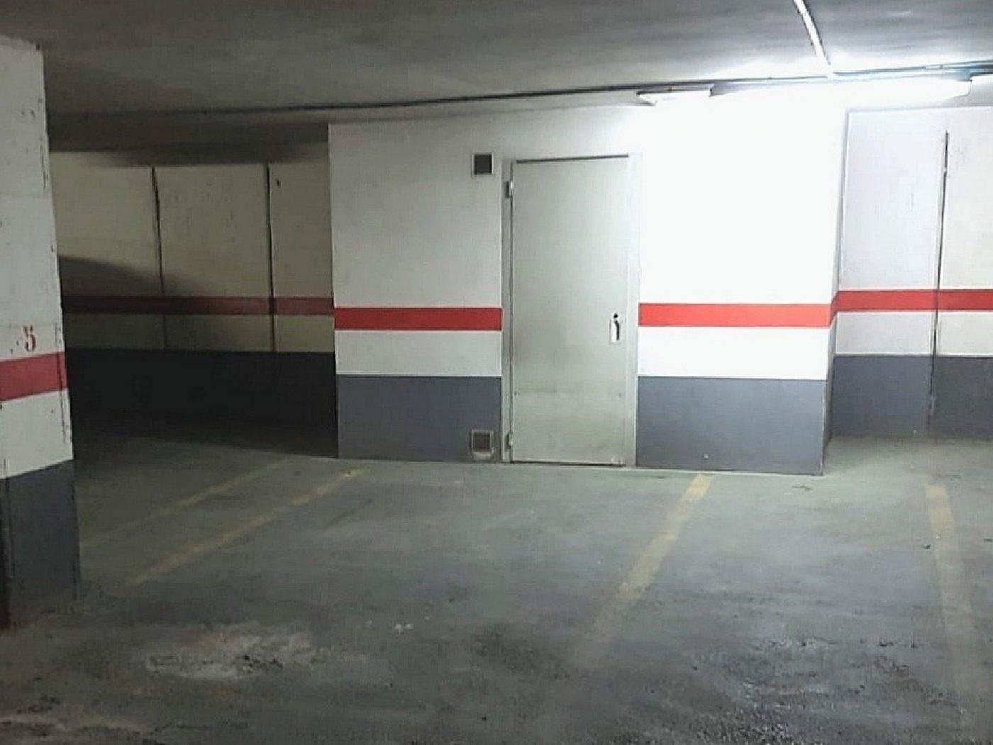 garaje en valencia · benimamet 15000€
