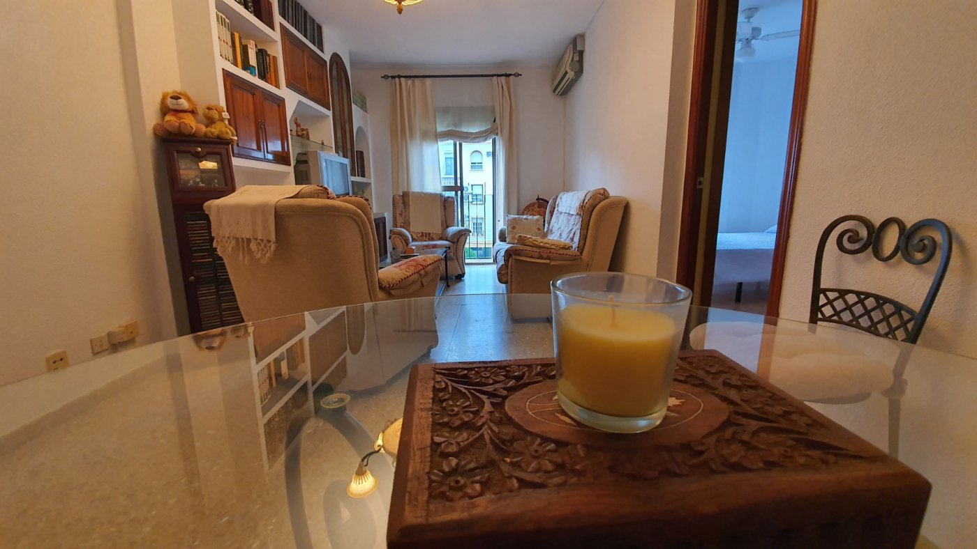 Confortable vivienda para entrar a vivir en zona avd. barcelona. - imagenInmueble0