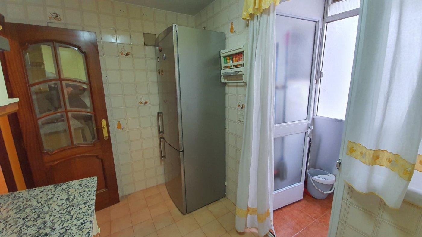 Confortable vivienda para entrar a vivir en zona avd. barcelona. - imagenInmueble4