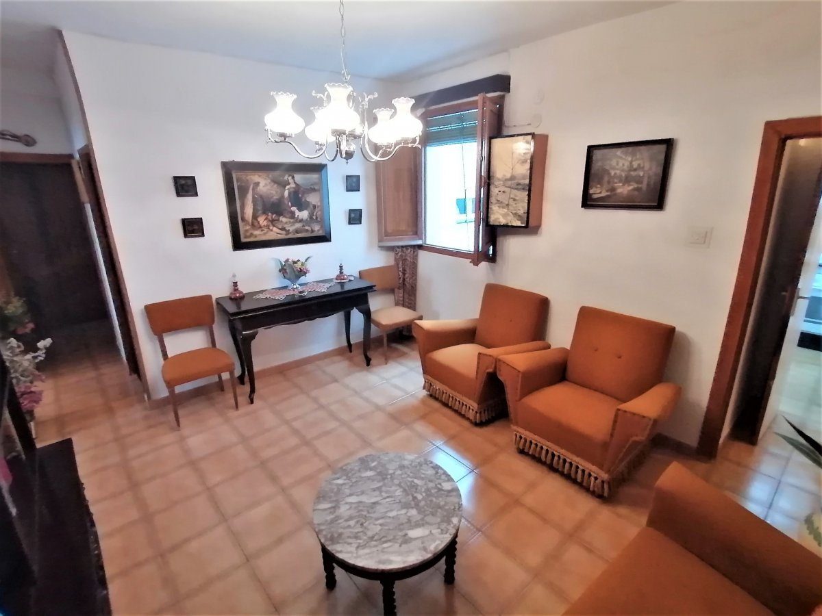 Maravilloso piso para inversores en zona muy tranquila - imagenInmueble0