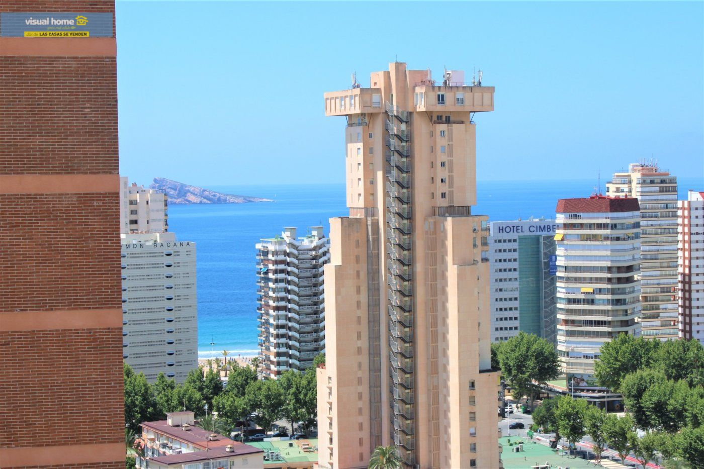 APARTAMENTO CON VISTAS AL MAR IDEAL PARA VACACIONES EN ZONA LEVANTE! PARKING Y PISCINA!!!