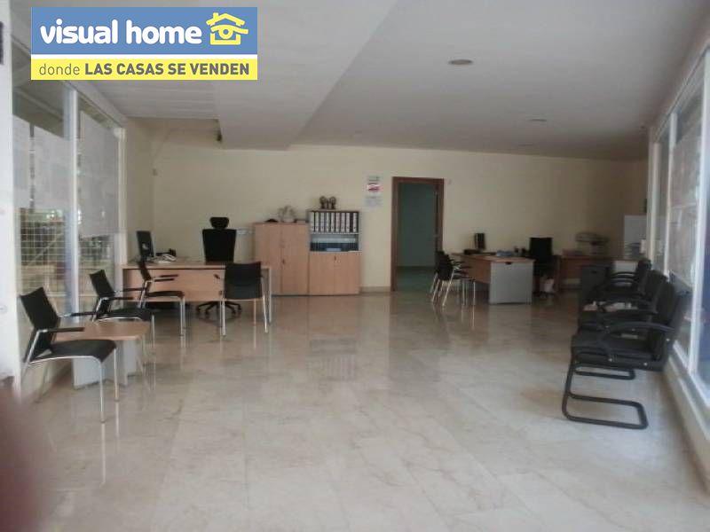 Local comercial en Benidorm zona Colonia Madrid de 120 m²
