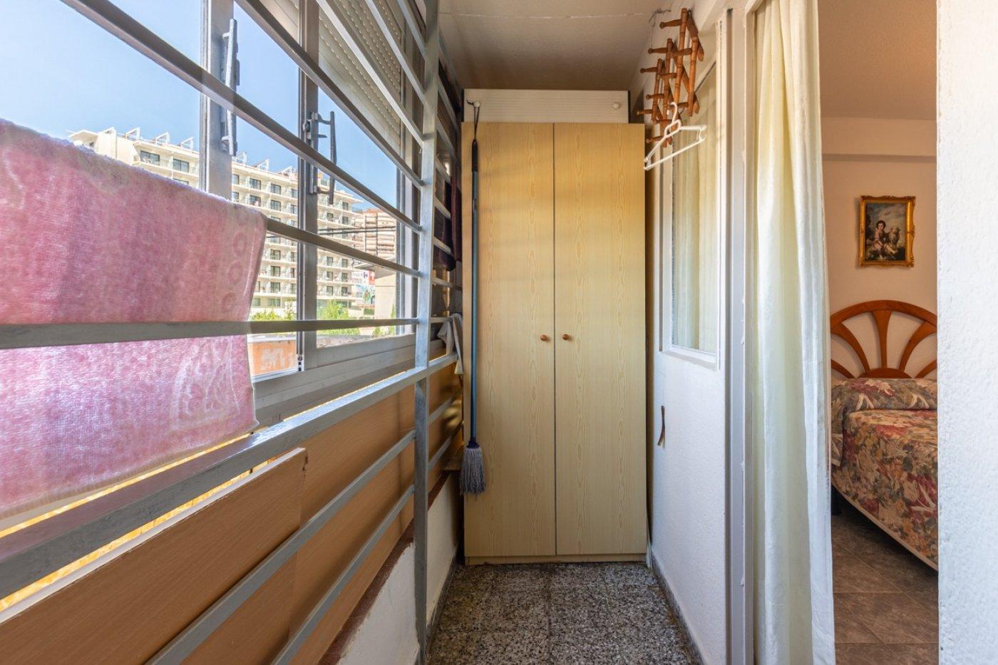 ¡¡OPORTUNIDAD!!  Apartamento de 2 dormitorios con PARKING en BENIDORM 11