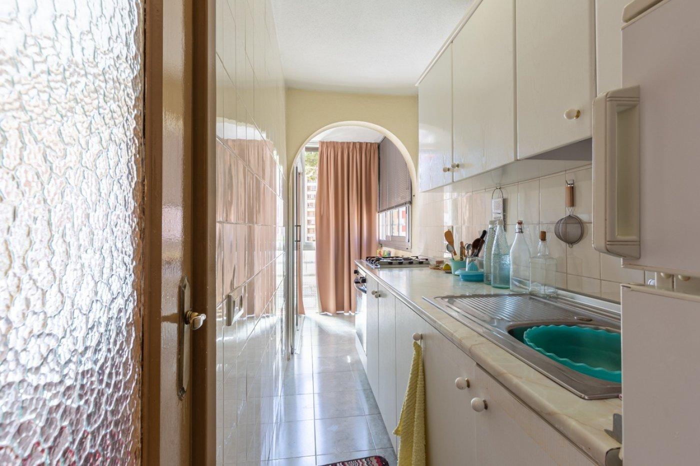 ¡¡OPORTUNIDAD!!  Apartamento de 2 dormitorios con PARKING en BENIDORM 15