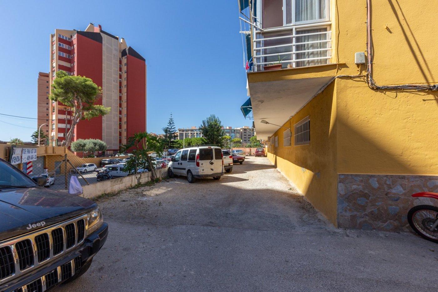 ¡¡OPORTUNIDAD!!  Apartamento de 2 dormitorios con PARKING en BENIDORM 20