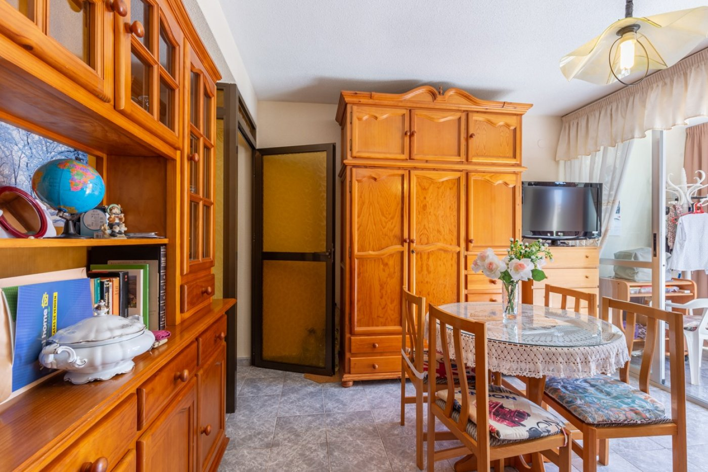 ¡¡OPORTUNIDAD!!  Apartamento de 2 dormitorios con PARKING en BENIDORM 7