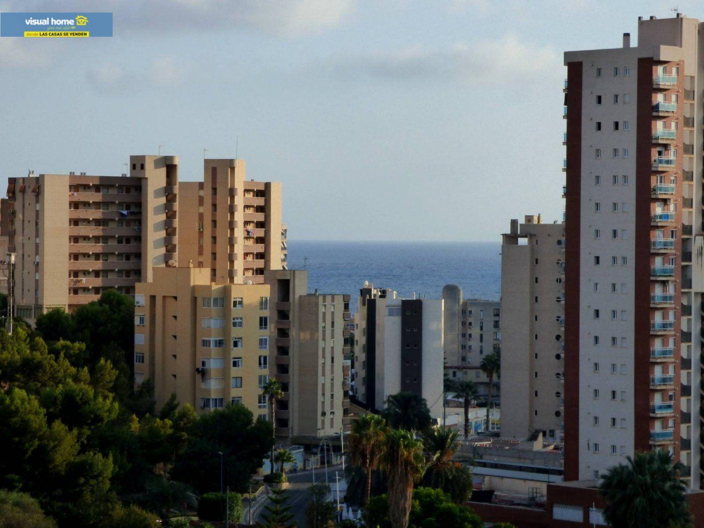 Apartamento en Benidorm zona Cala de Benidorm de 65 m²