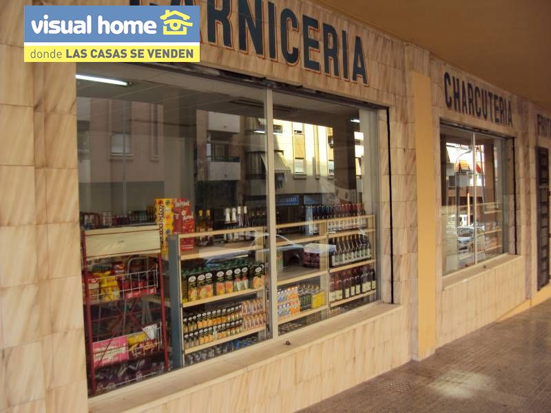Local comercial en Benidorm zona Colonia Madrid de 95 m²