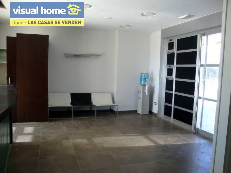 Local comercial en Benidorm zona Poniente de 170 m²