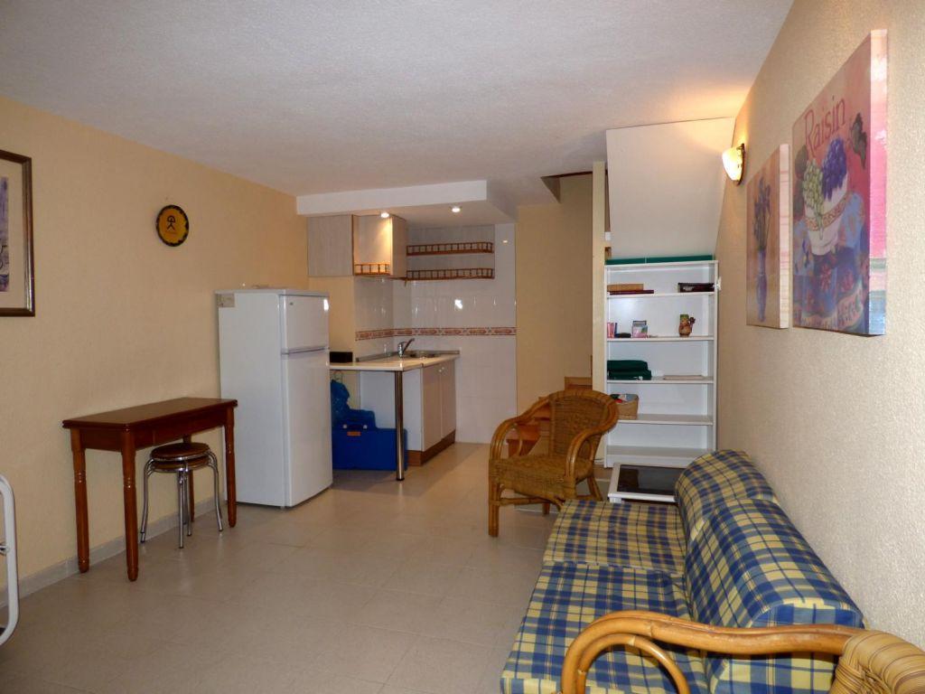 Local comercial en Benidorm zona Cala de Benidorm de 40 m²