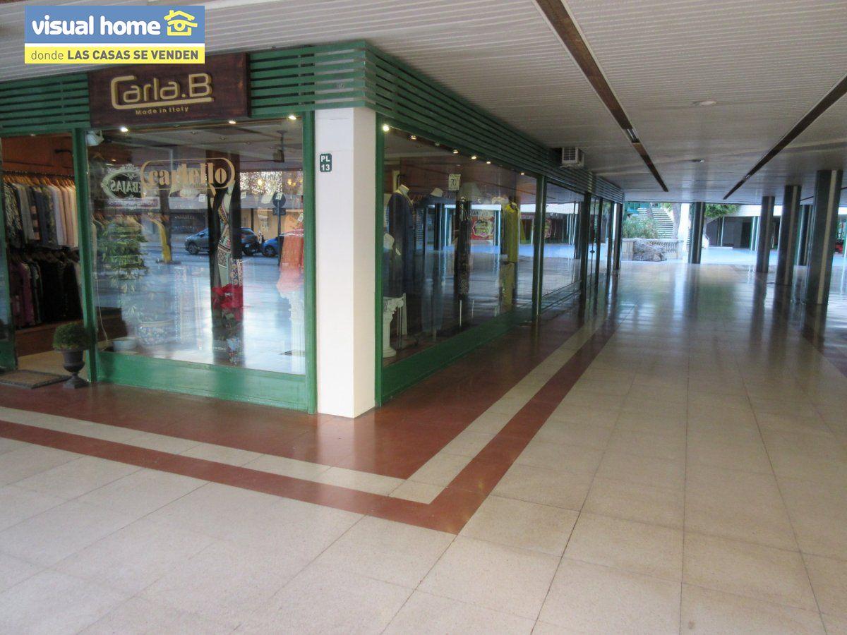 Local comercial en Benidorm zona Centro de 100 m²