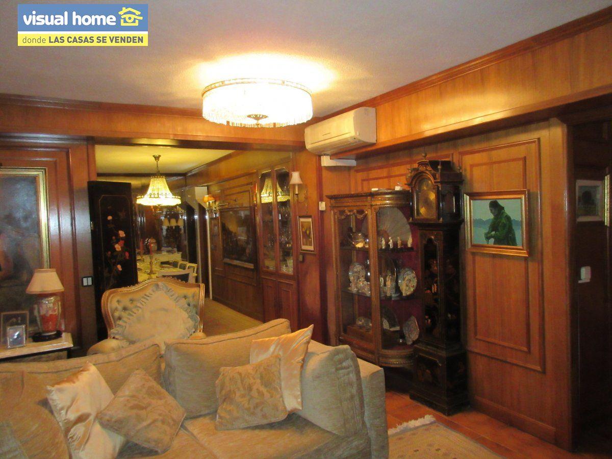 Amplio apartamento dos habitaciones y 2 baños en 1º línea playa Levante con parking 8