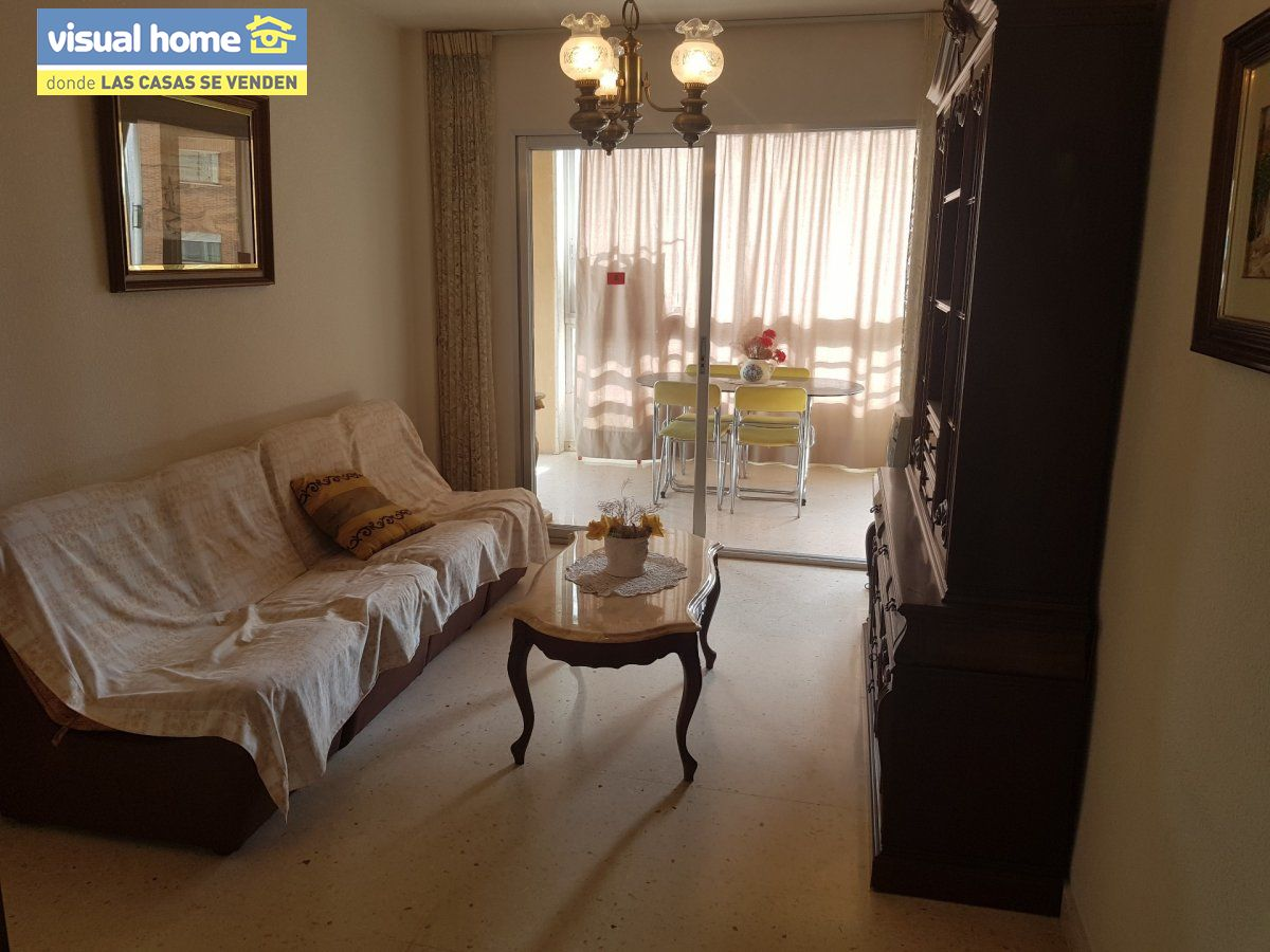piso de 2 dormitorios en 3ª linea de playa!!