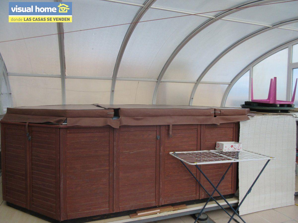 Sobreático en una sola planta de 3 dormitorios con garaje cerrado y jacuzzi privado climatizado 23