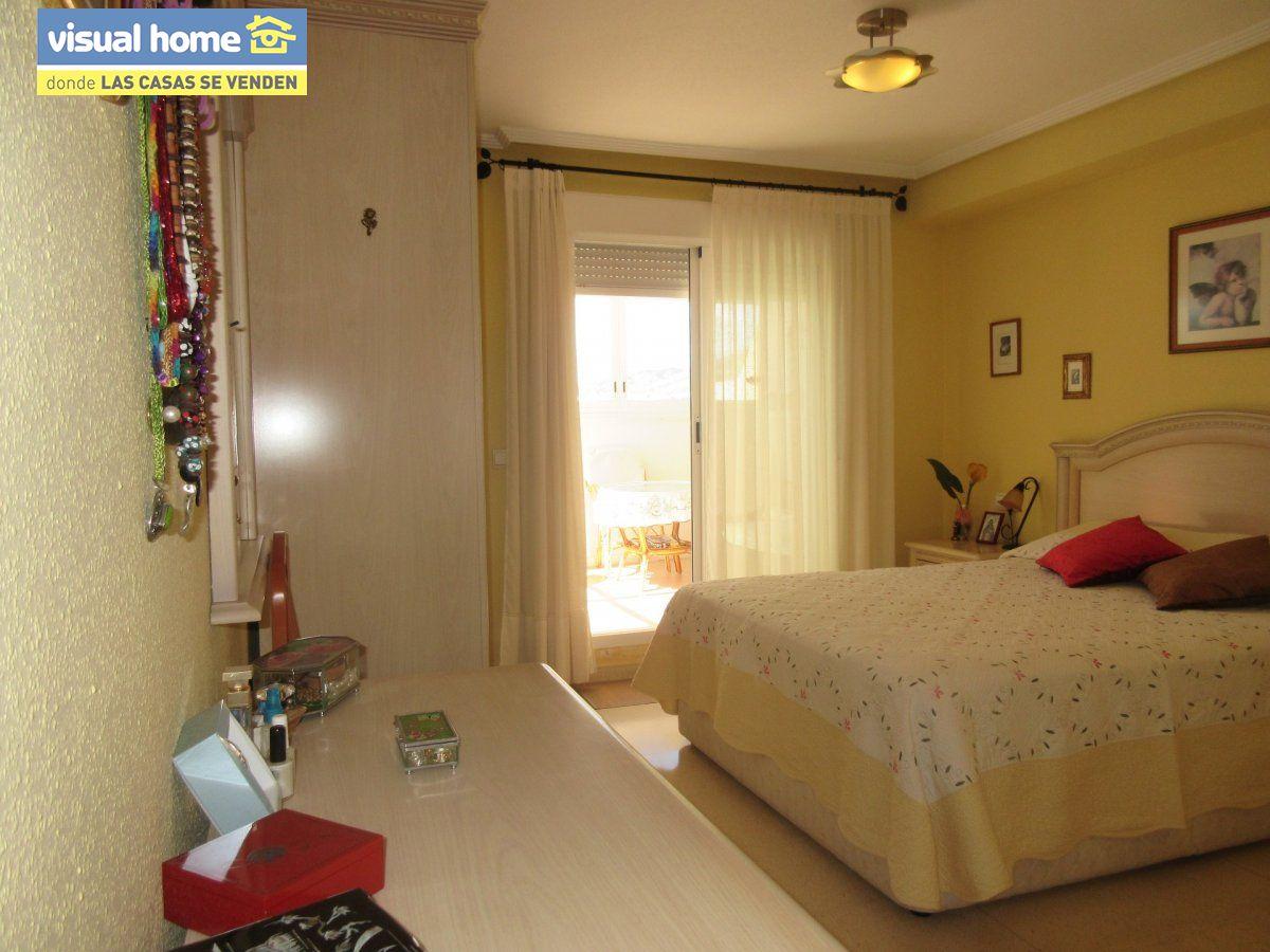Sobreático en una sola planta de 3 dormitorios con garaje cerrado y jacuzzi privado climatizado 8