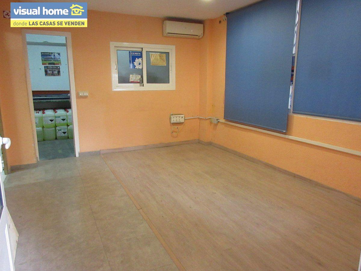 Local comercial en Benidorm zona Centro de 65 m²