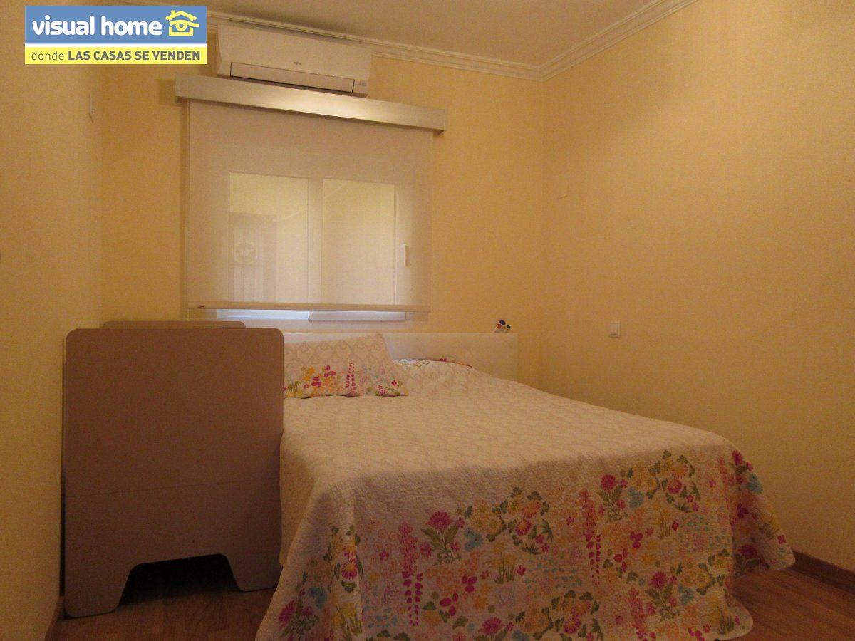 Piso de 2 dormitorios totalmente reformado a 100 metros de la playa de Poniente!!! 7
