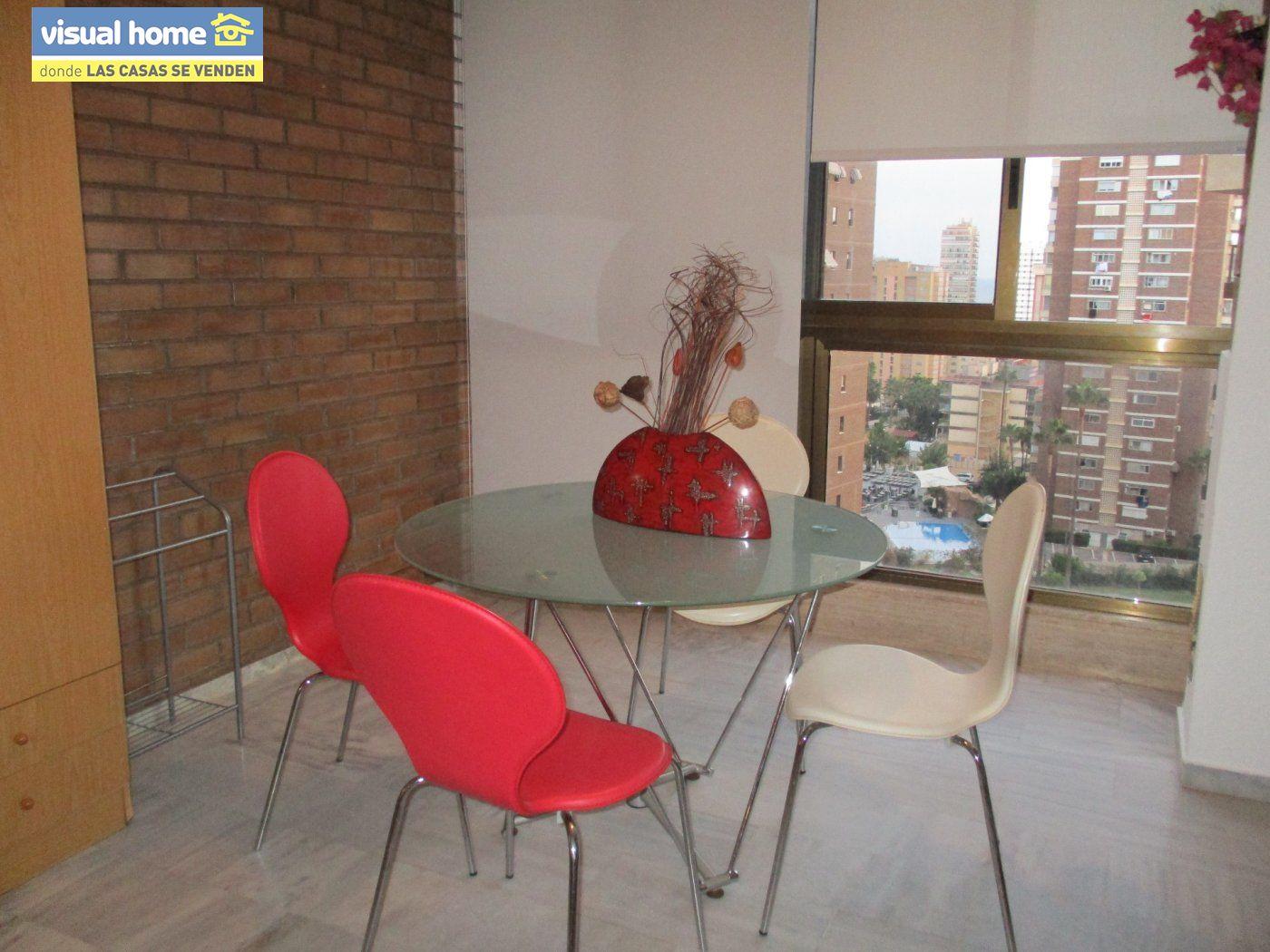 Apartamento en Benidorm zona Benidorm de 65 m²