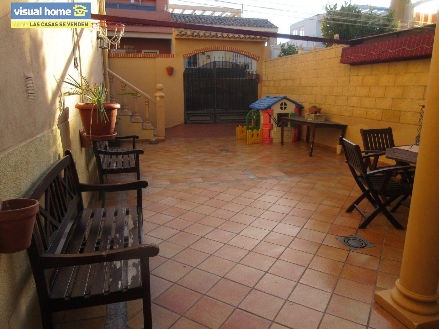 Adosada en La Nucia de 96 m²