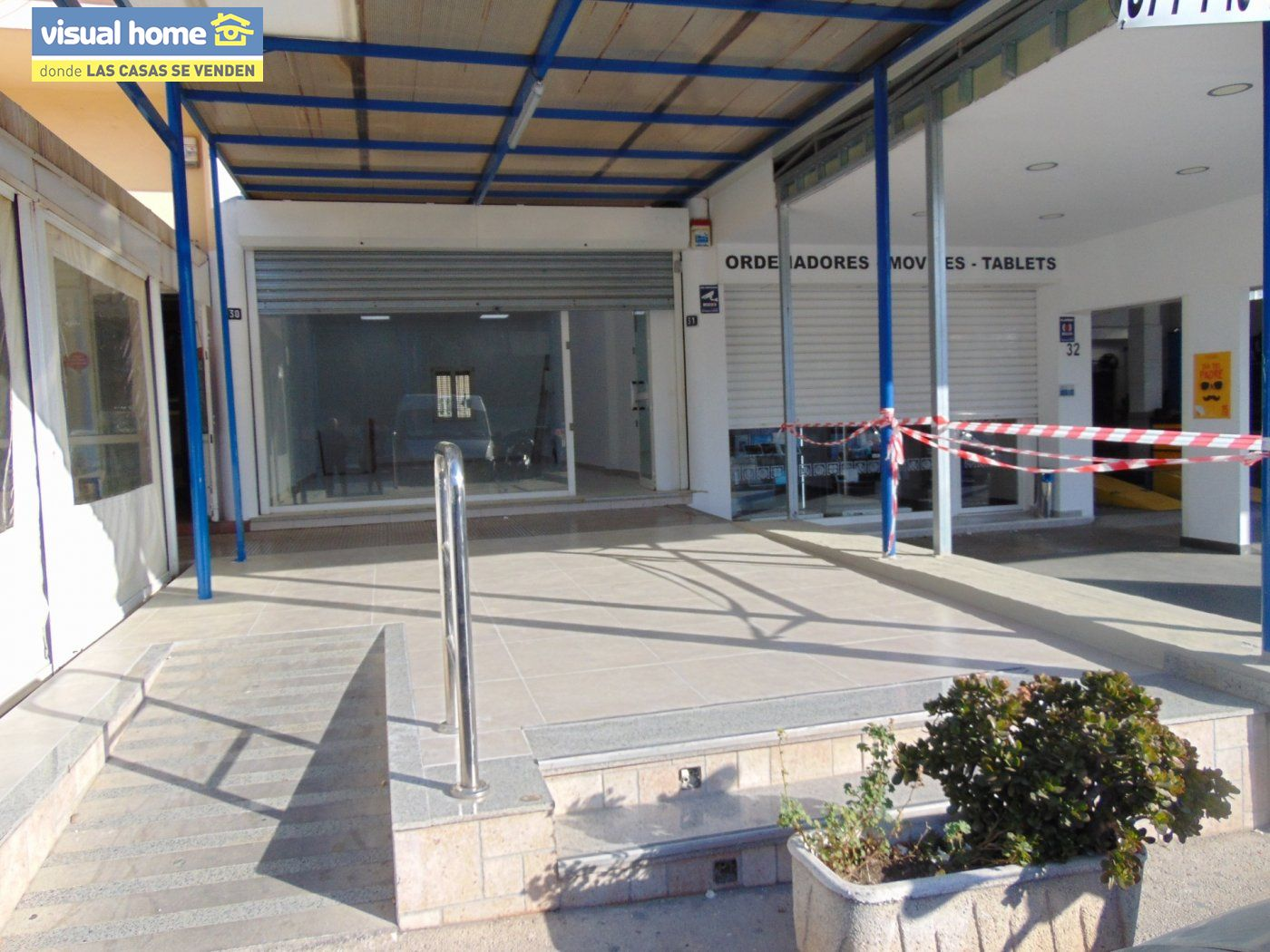 Local comercial en La Nucia de 135 m²