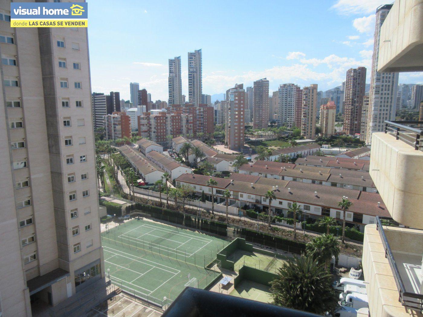 Apartamento de un dormitorio con parking y piscina en Rincón de Loix llano