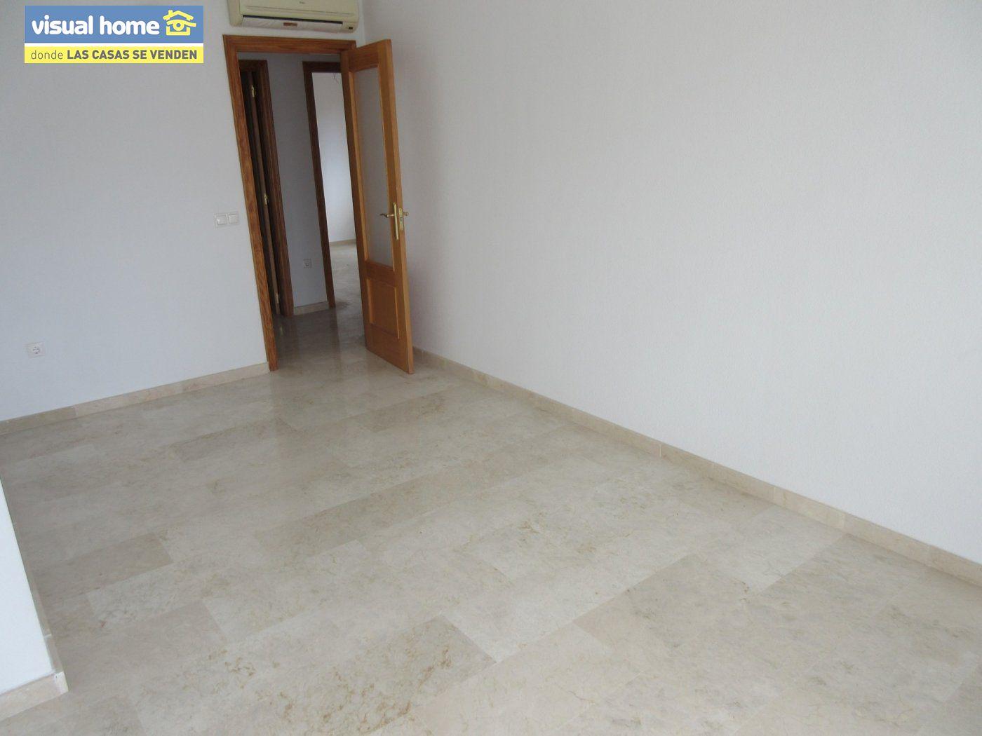 Apartamento nuevo a estrenar de  1 dormitorio(posible 2º) con garaje y piscina en Rincón de Loix